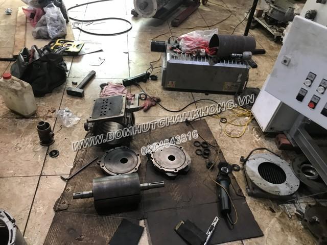 Sửa bơm chân không vòng dầu Busch RA0305D cho nhà máy Gốm Mỹ