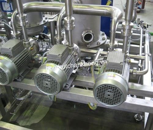 Hệ thống bơm chân không cùng bình tích khí trong nhà máy thực phẩm