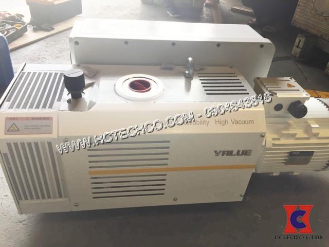 Hoàn thành bàn giao bơm hút chân không vòng dầu Value VSV300 sản xuất màng nhựa, khay nhựa Nhà máy Sáng Mỹ