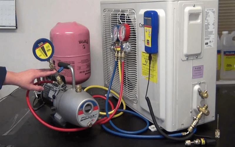 Sử dụng bơm chân không cho quá trình nạp gas điều hòa