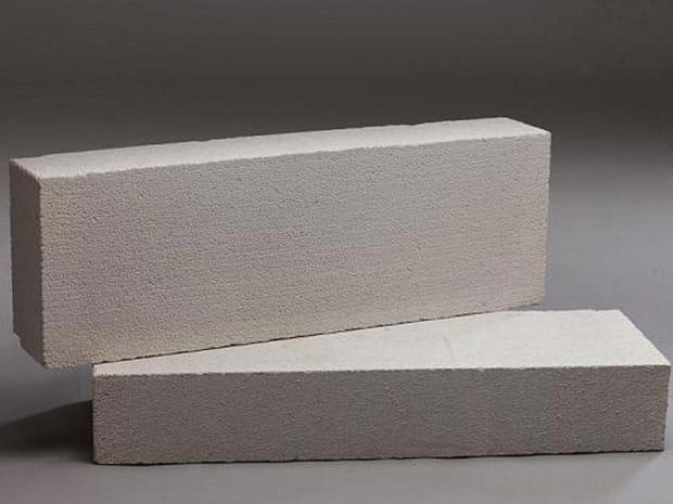 Ứng dụng bơm hút chân không vòng nước trong sản xuất gạch bê tông khí chưng áp