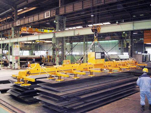 Nâng hạ các thiết bị bằng chân không trong công nghiệp hiện đại