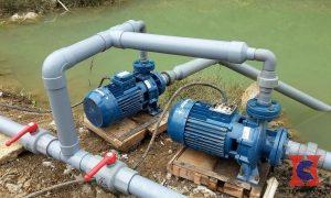 Các máy bơm nước đều cần mồi trước khi dùng